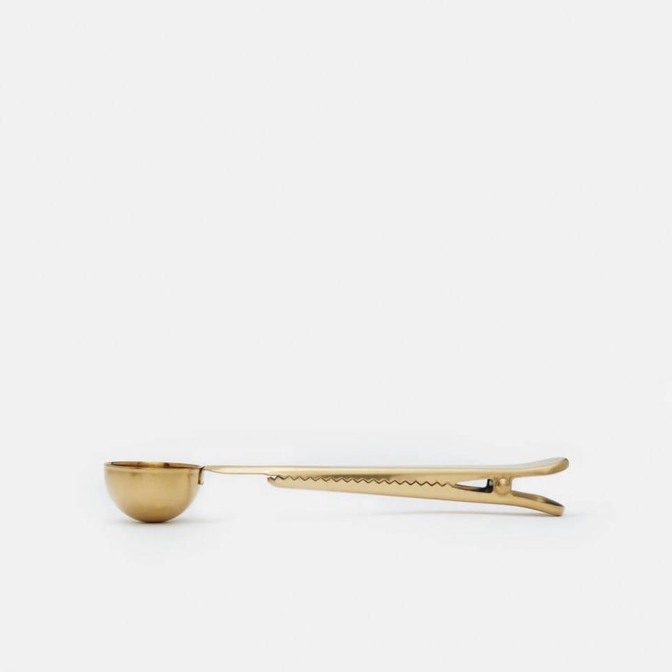 Clip Clip with Spoon